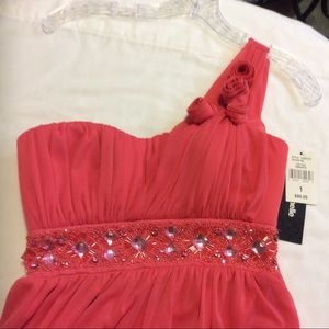 NWT MY MICHELLE CORAL 1-SHOULDER ROSETTES GOWN $90